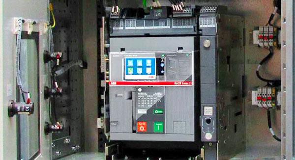 نصب کلید هوایی در تابلو برق